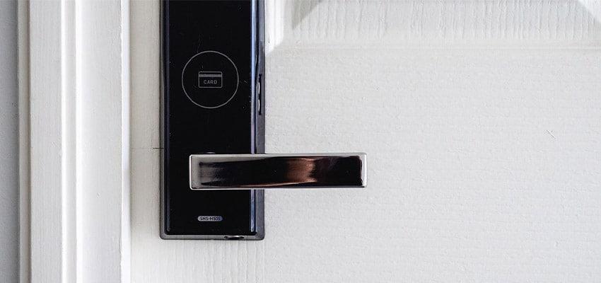 activitas - vivienda asequible - iot - cerradura inteligente